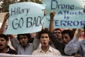hilary-protest-pakistan